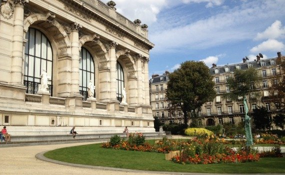 Step Back in Time at the Palais Galliera with French Fashion in the 1950s