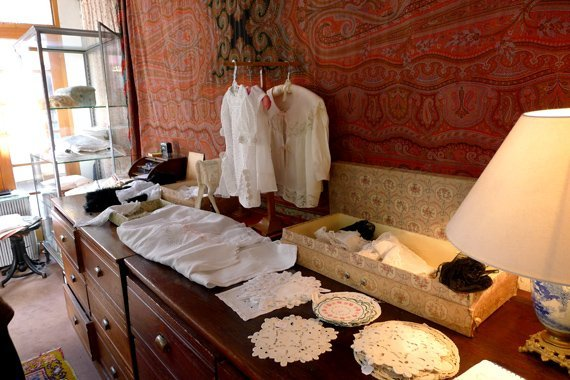 antique linens paris