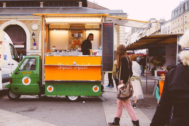 Marché Notre Dame of Versailles market produce fresh Paris fresh juice