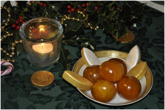 les calissons d'Aix tangerines clementines Christmas in france French food Paris
