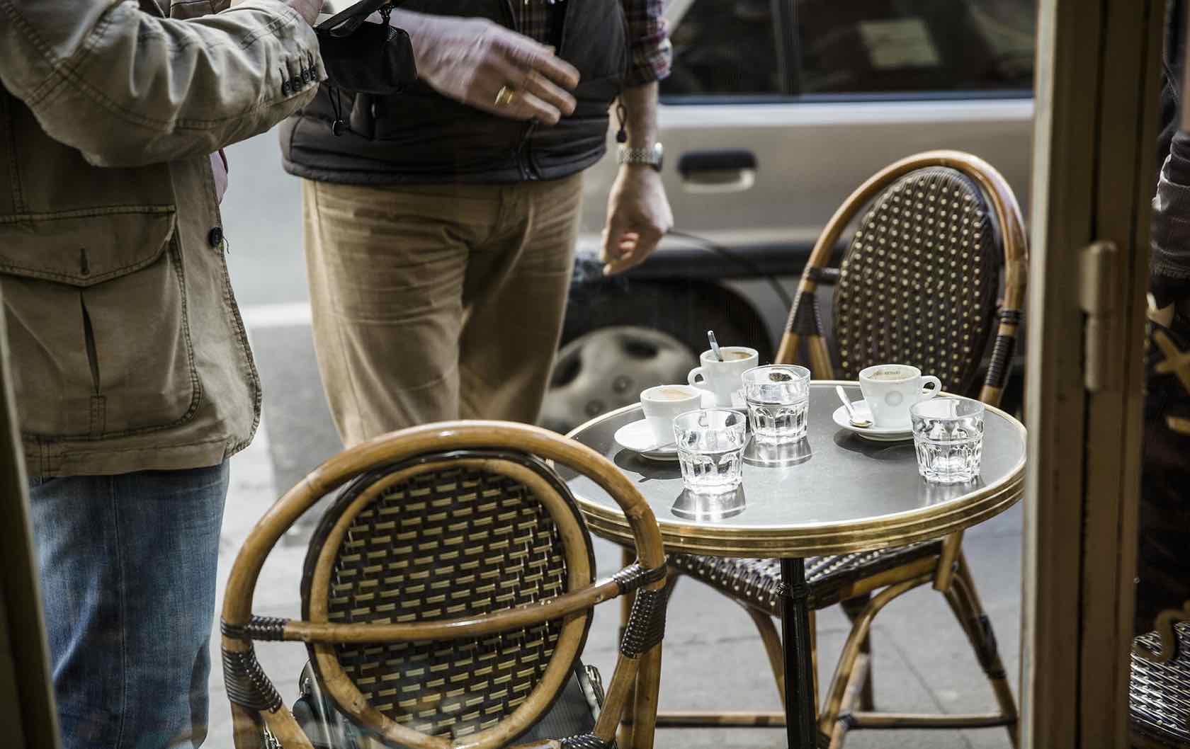 French Restaurant Etiquette: How to Avoid a Faux Pas in Paris by Paris Perfect cafe