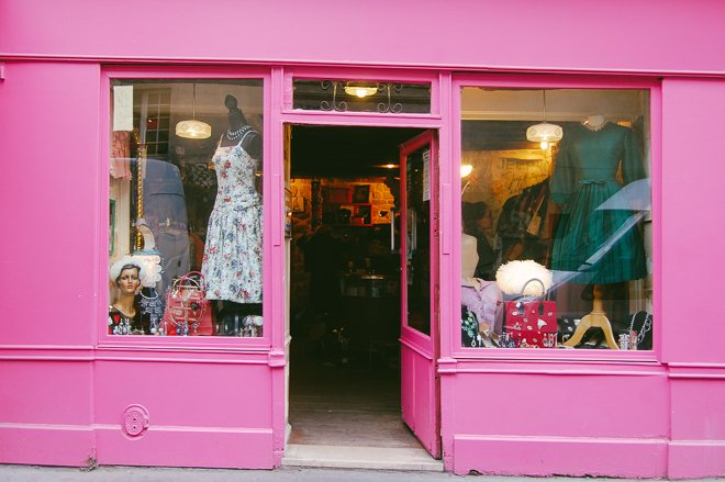 Mam'zelle Swing Vintage CLothing Store Paris Shopping walk