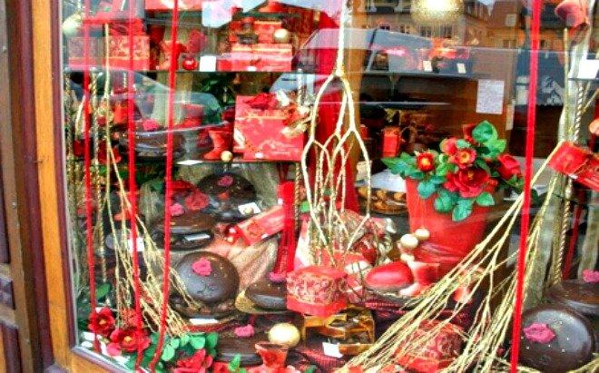 Artisnal Chocolates Valentines Paris February crepes