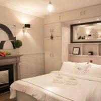 Paris studio vacation apartment rental