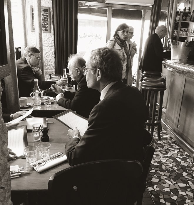 How to spot a good restaurant in Paris