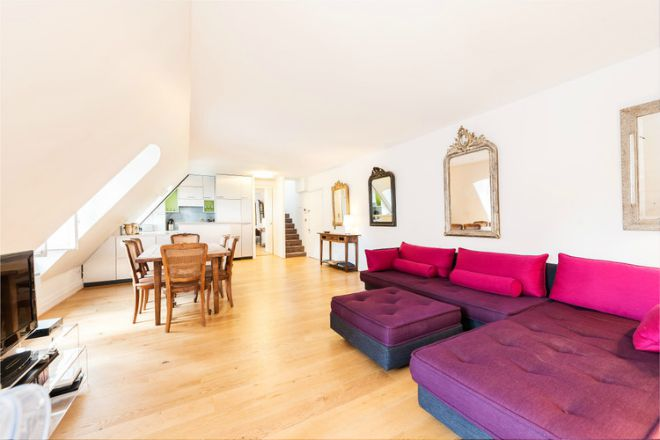 Paris Apartment for Sale Place des Vosges Living Room