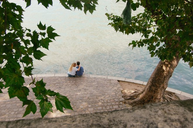along-the-seine-lovers-1