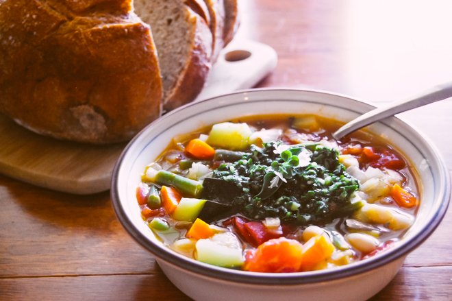 Warm up with a bowl of provenal soupe au pistou paris perfect when cool weather hits theres nothing like a warm bowl of soup to ease the chill soupe au pistou a provenal vegetable soup originating from nice forumfinder Image collections