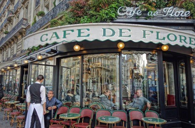 Image by drburtoni. Exploring Paris by Bus - Line 87