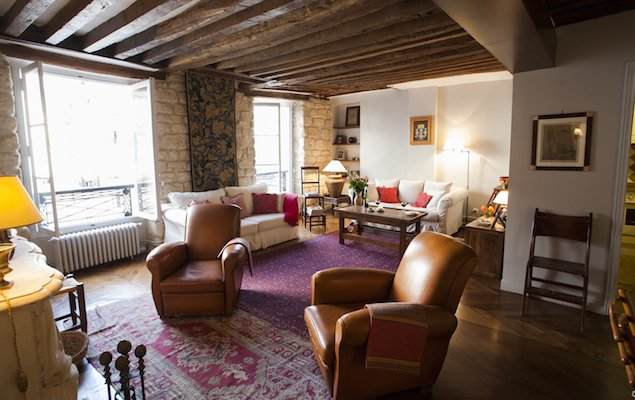 The Dragon Apartment – Old-World Comfort in Saint-Germain-des-Près