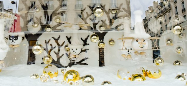 Paris-christmas-windows-3