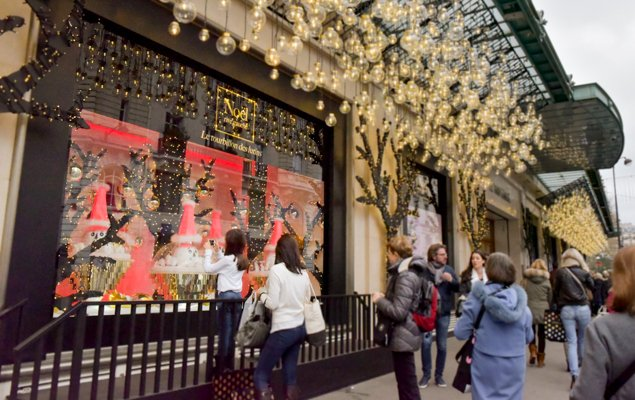 Parisian Department Stores Unveil Stunning Holiday Windows