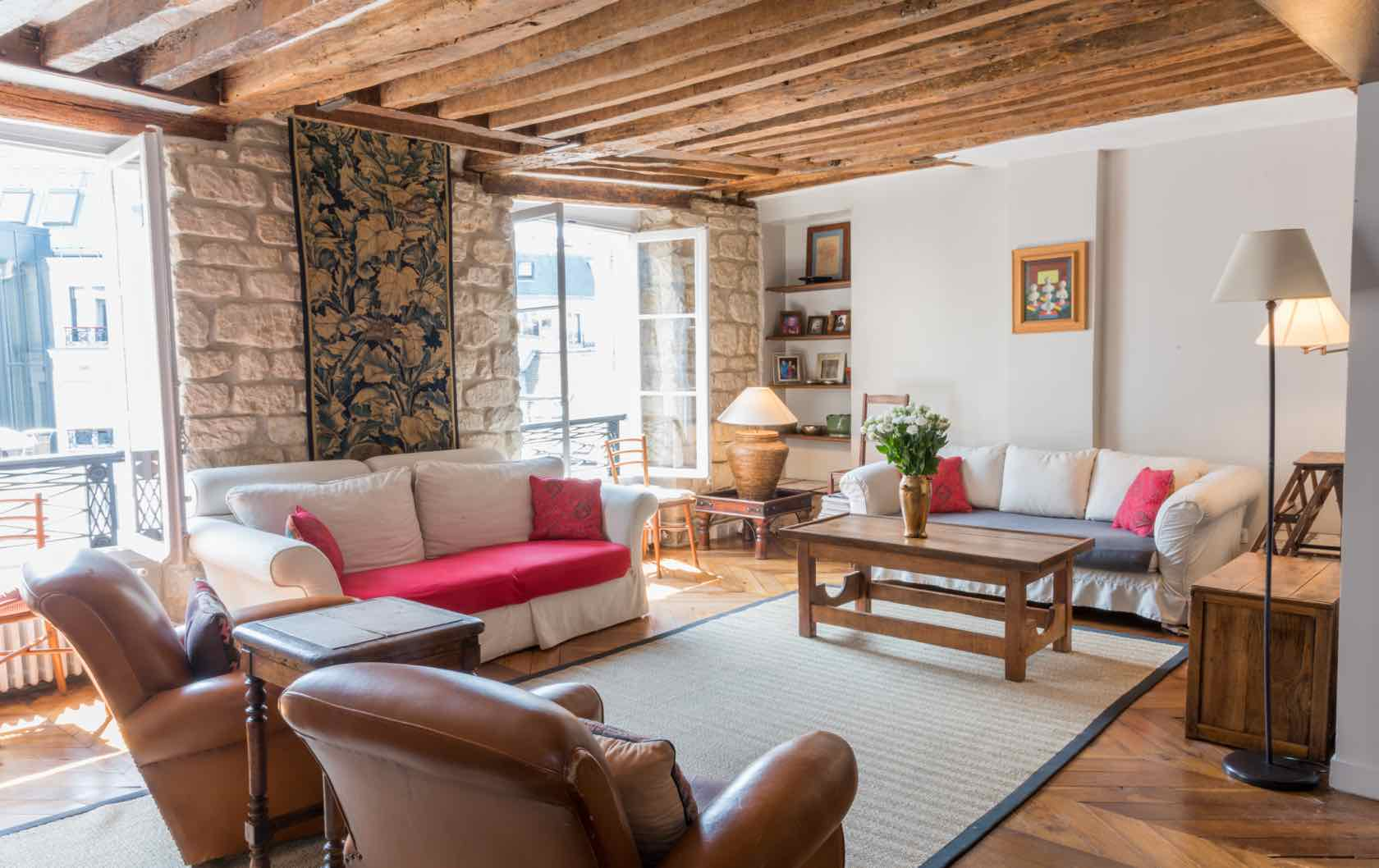 The Dolcetto Apartment – Old-World Comfort in Saint-Germain-des-Près