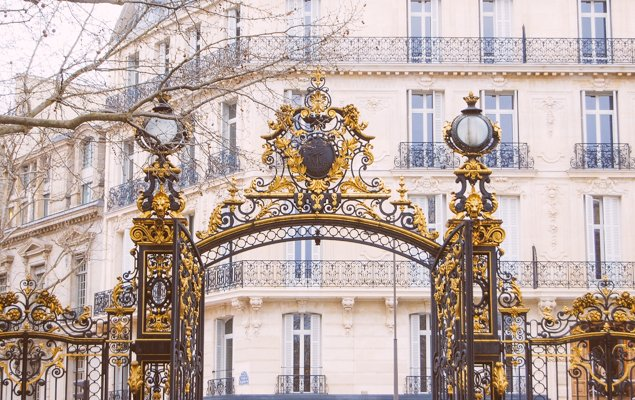 Five Paris Valentine's Day Activities For Everyone to Enjoy!