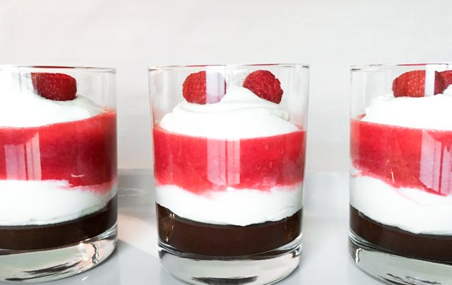 Verrines Recipe Valentine's Day, layered mini parfait