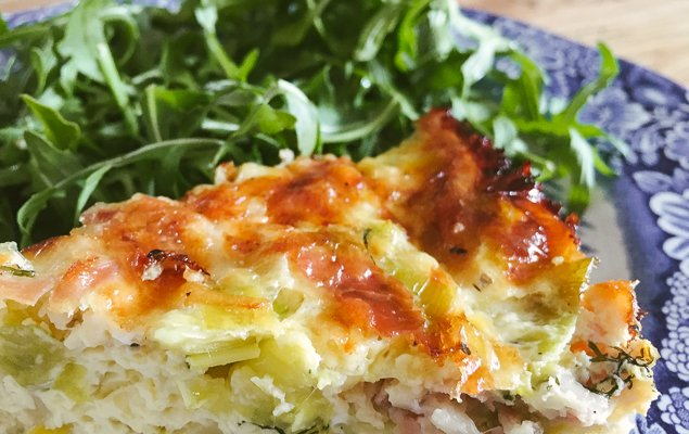Crust-free and Gluten-Free Leek and Prosciutto Quiche Recipe with Gruyere Cheese and Dill