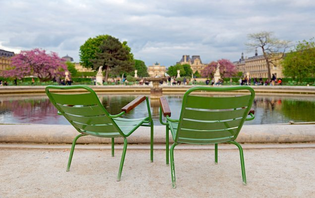What it's Like to Experience Springtime in Paris