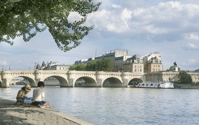 Seine River Pont Neuf Place Dauphine