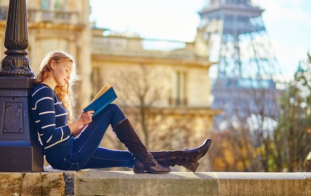 5 Amazing Books You Need to Read Before Visiting Paris!