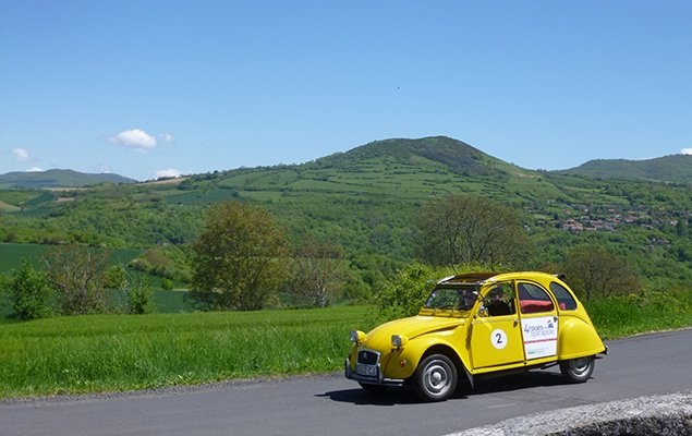 From Paris to Cannes in a 2CV – The Ultimate Road Trip!