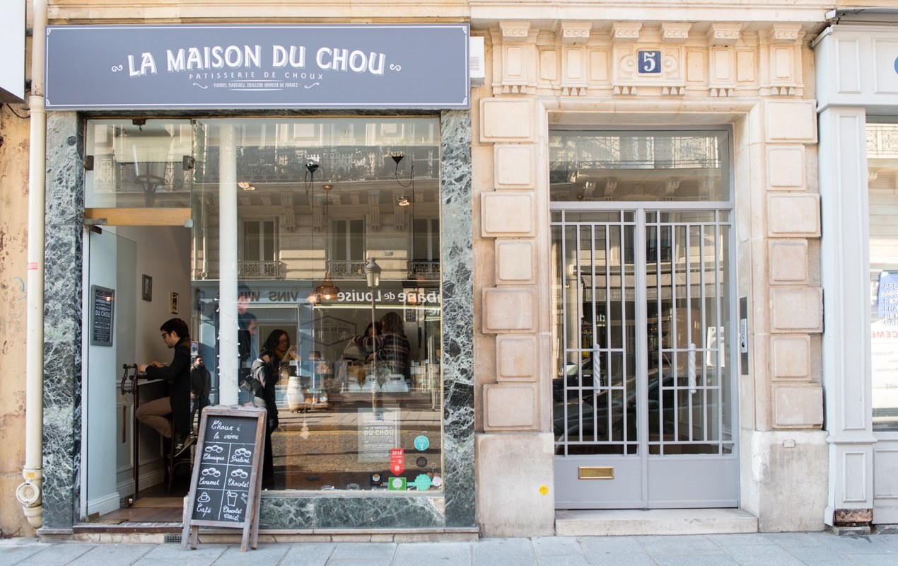 The amazing unique cream puffs of la maison du chou paris perfect - Maison du portugal a paris ...