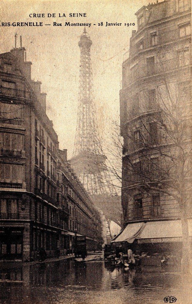 Monthelie Postcard