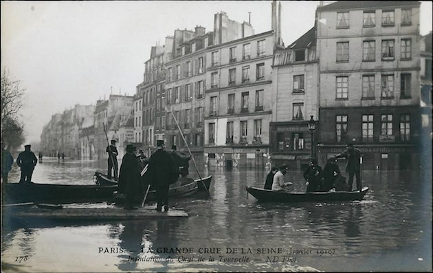 Flooding of the Seine in Paris, 1910 vs. 2016