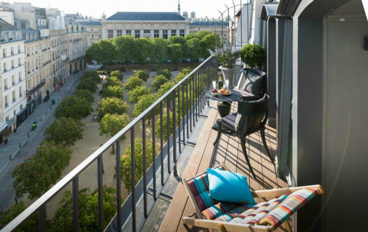 Savennieres-Balcony