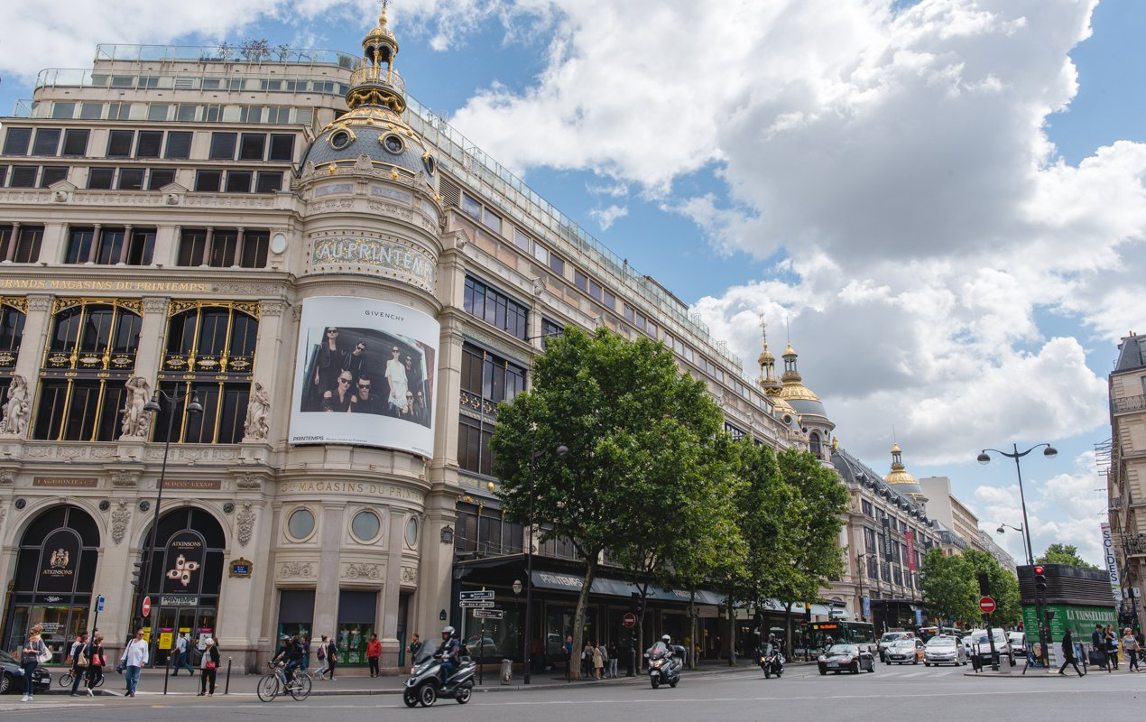 Hotel Champs Elysees Plaza, Paris, France - Booking.com