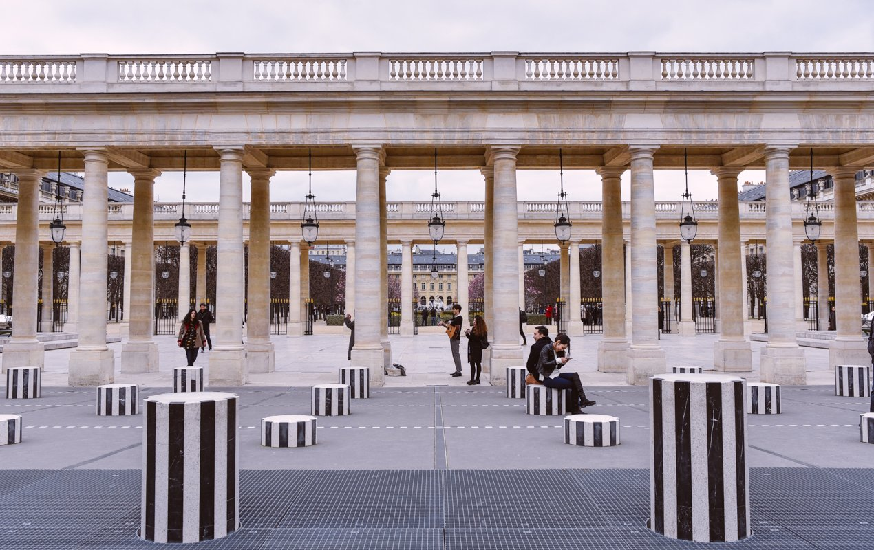 Small Group Literature Walking Tour in Paris
