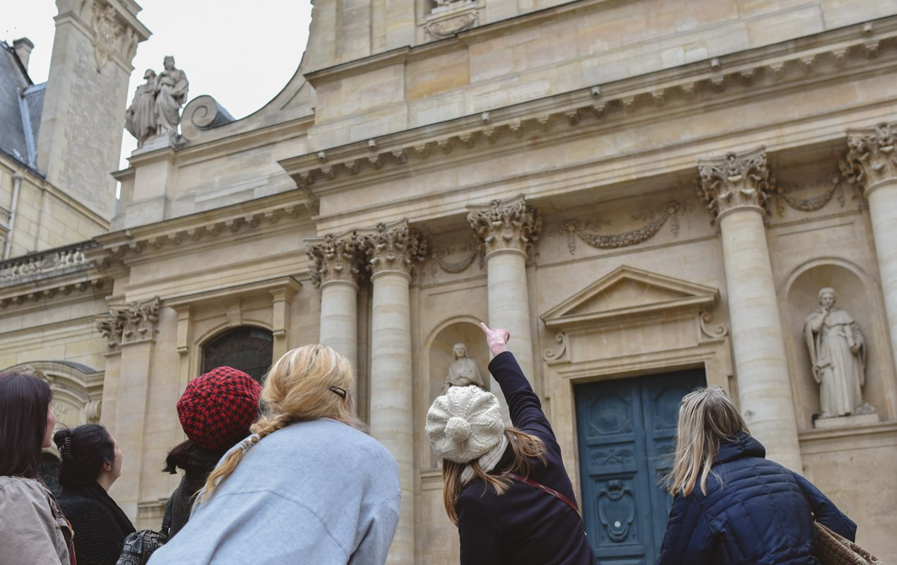 Small Group Literature Walking Tour in Paris