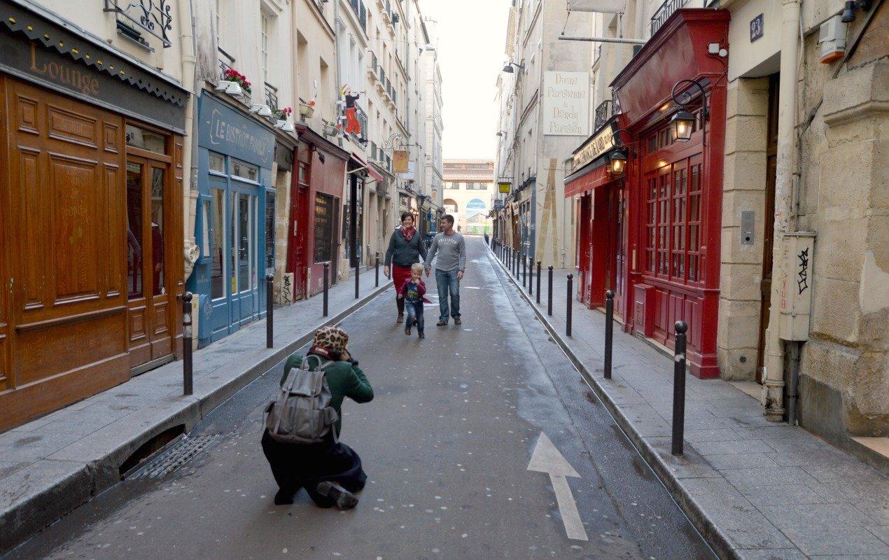 paris-photo-shoot-behind-the-scenes-2