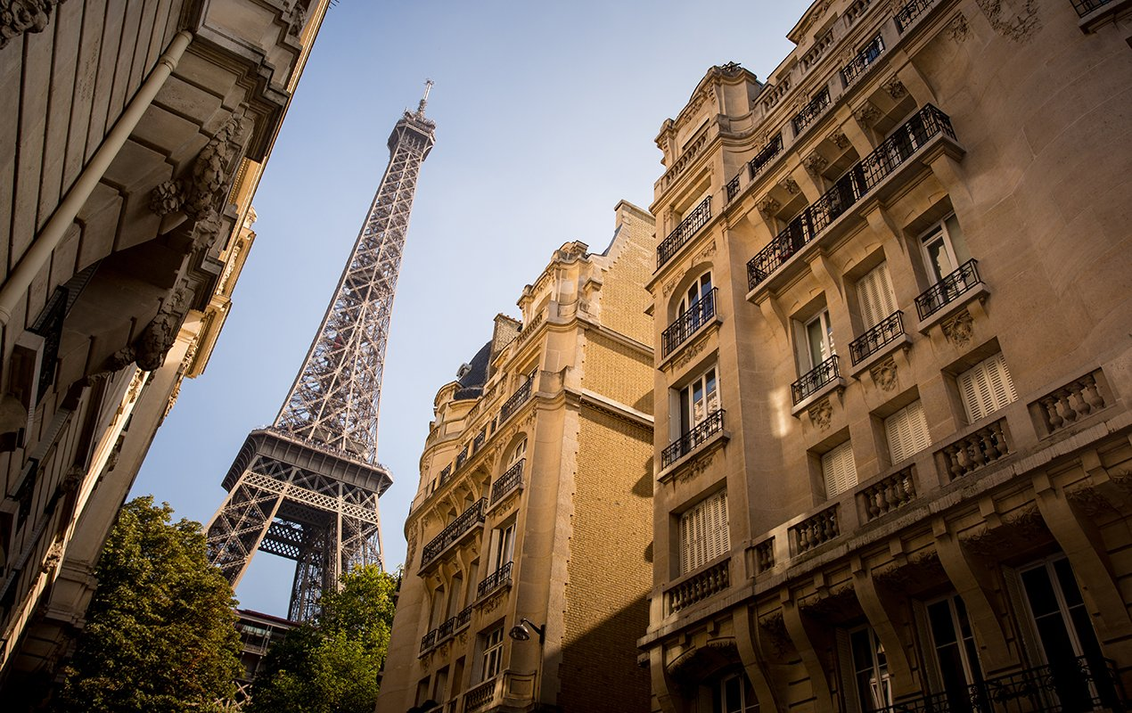 Eiffel-Tower-Street-View