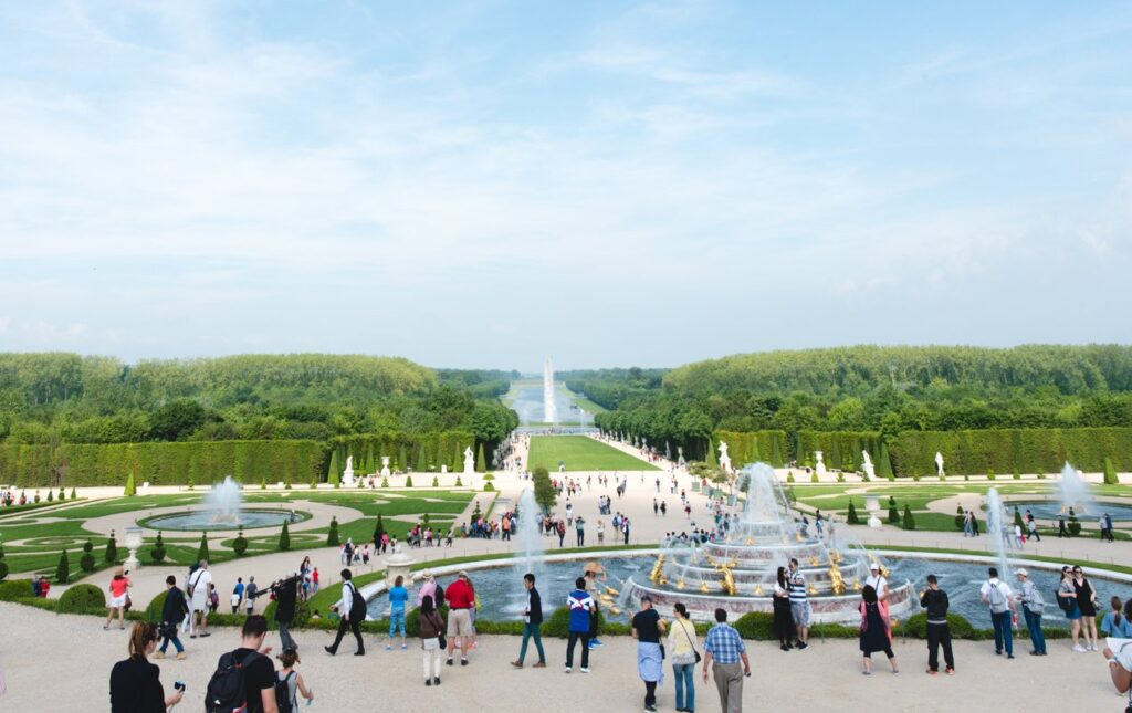 When's the Best Time to See Versailles? During Musical Fountain Season!