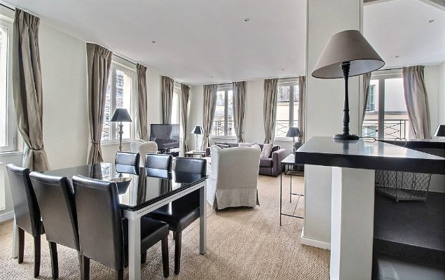Gorgeous Paris Apartment for Sale in the Elegant 1st Arrondissement!