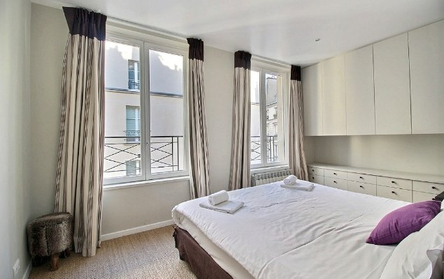 Paris two bedroom apartment for sale