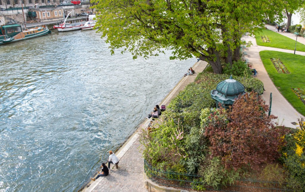 Along the Seine in Spring | Paris Perfect