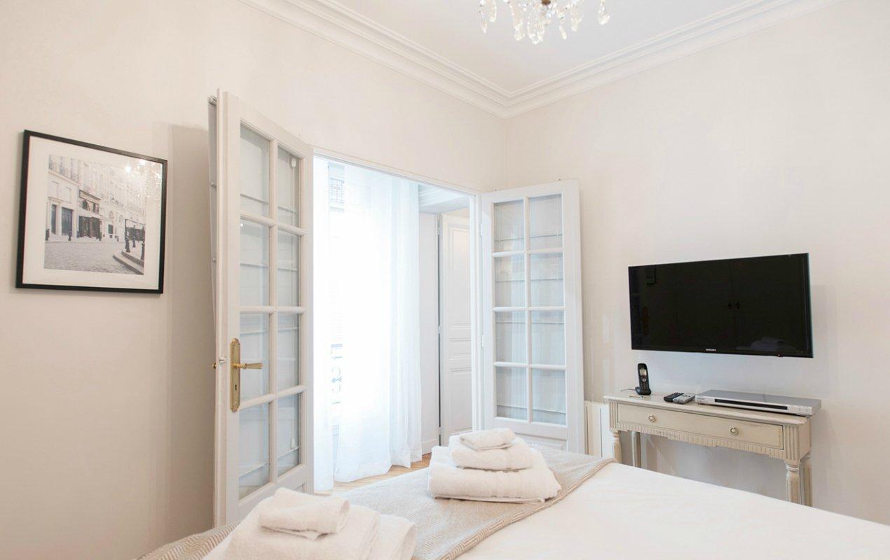 two bedroom paris apartment