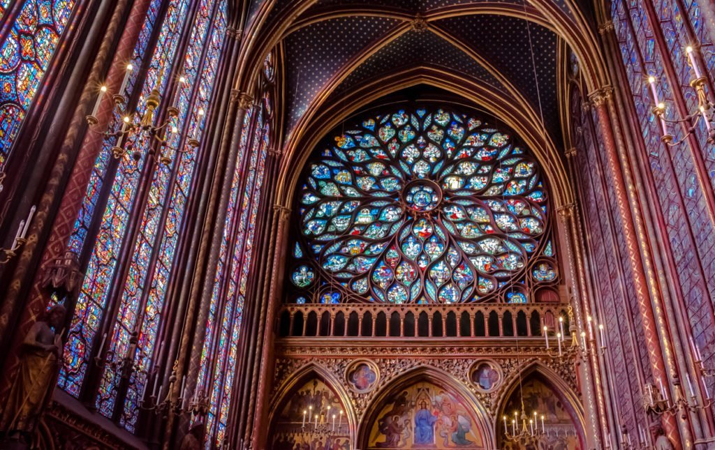 The Dazzling Stained Glass Windows Of Sainte Chapelle