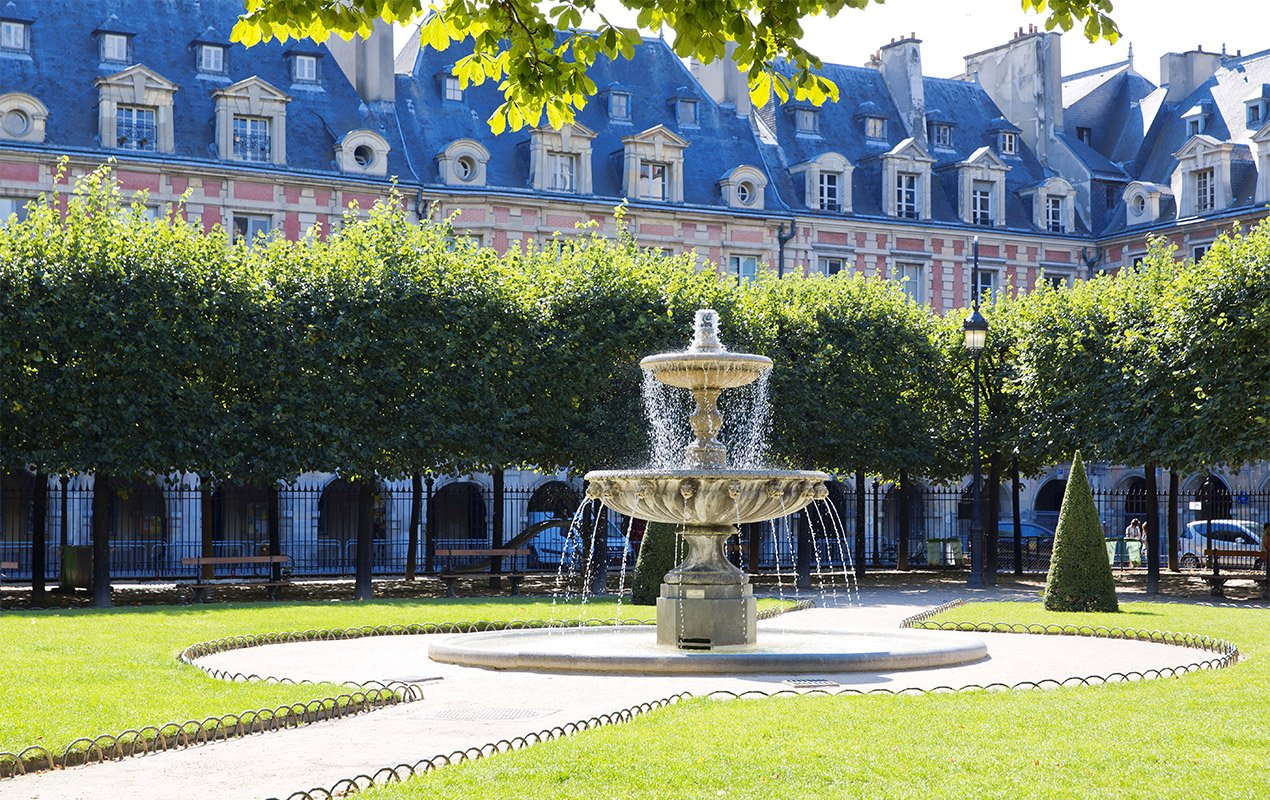 Be Guided into the Heart of Le Marais