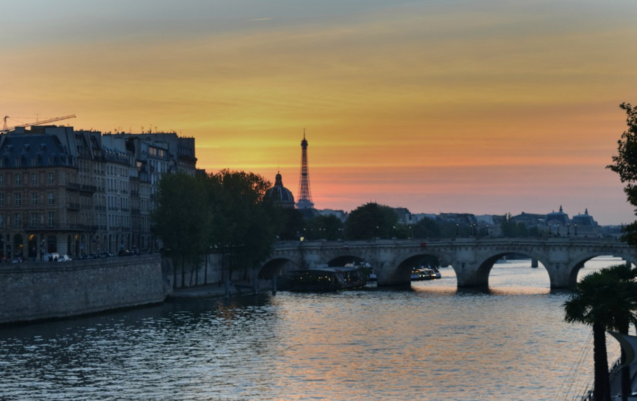 paris sunset in the fall