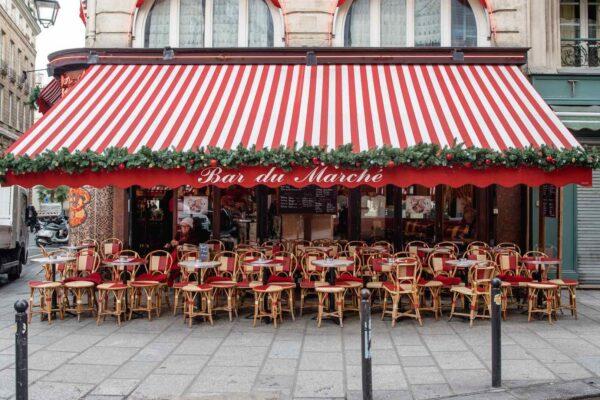 Christmas decor in Paris