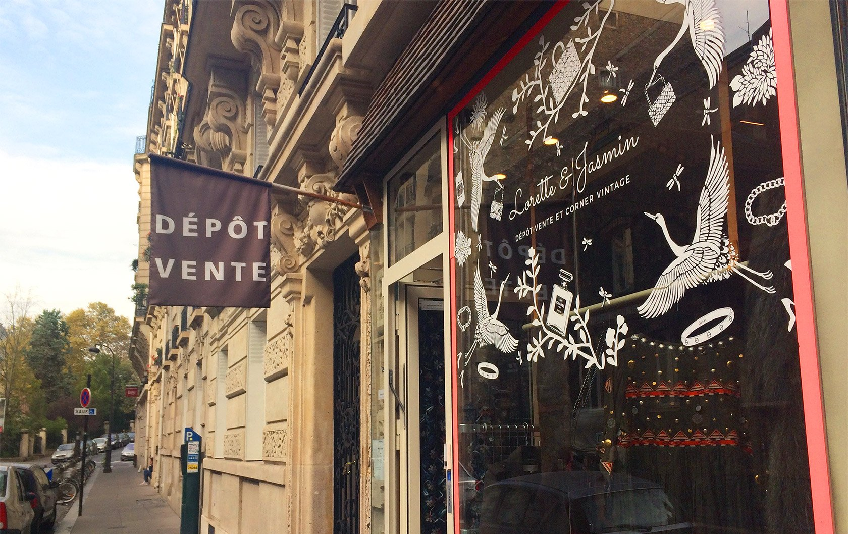 Lorette & Jasmin: Vintage Designer Shopping