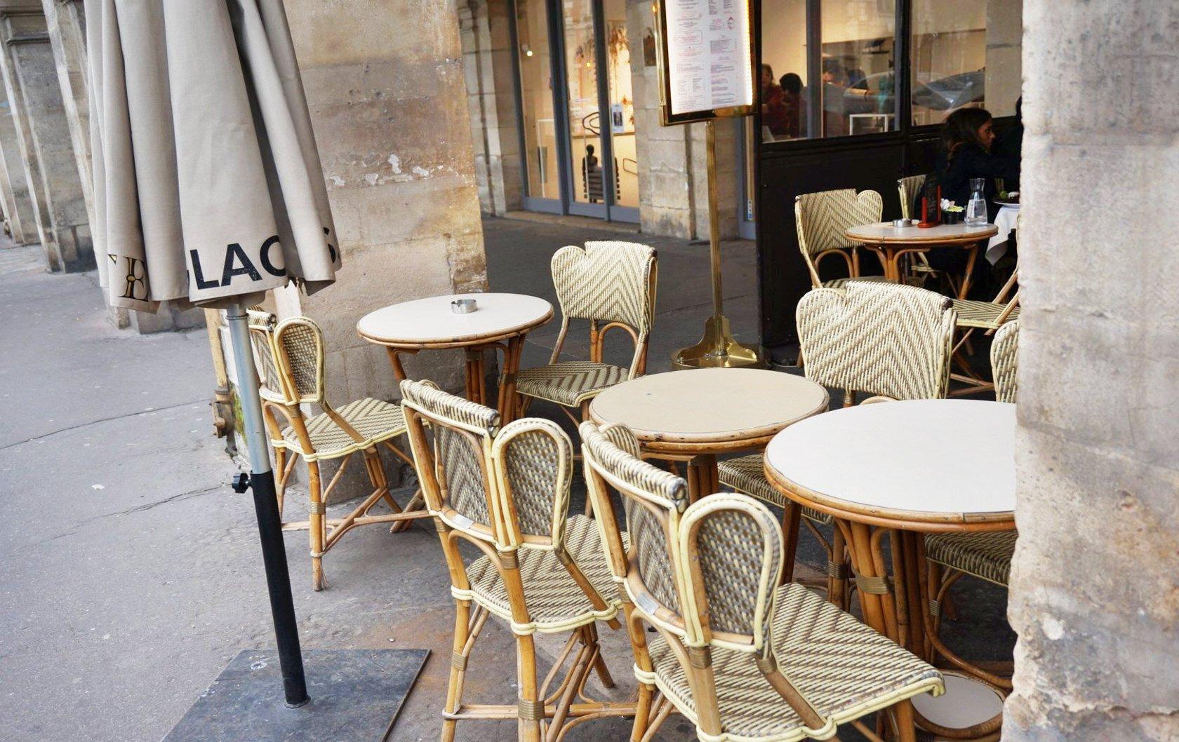 EG-Carette-cafe-edit