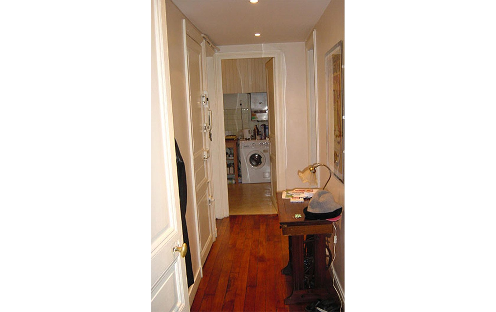 merlot-hallway