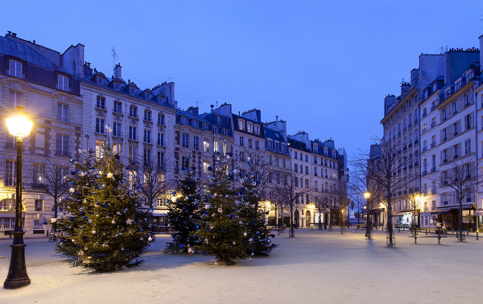 JLB-place-dauphine-christmas-edit-2
