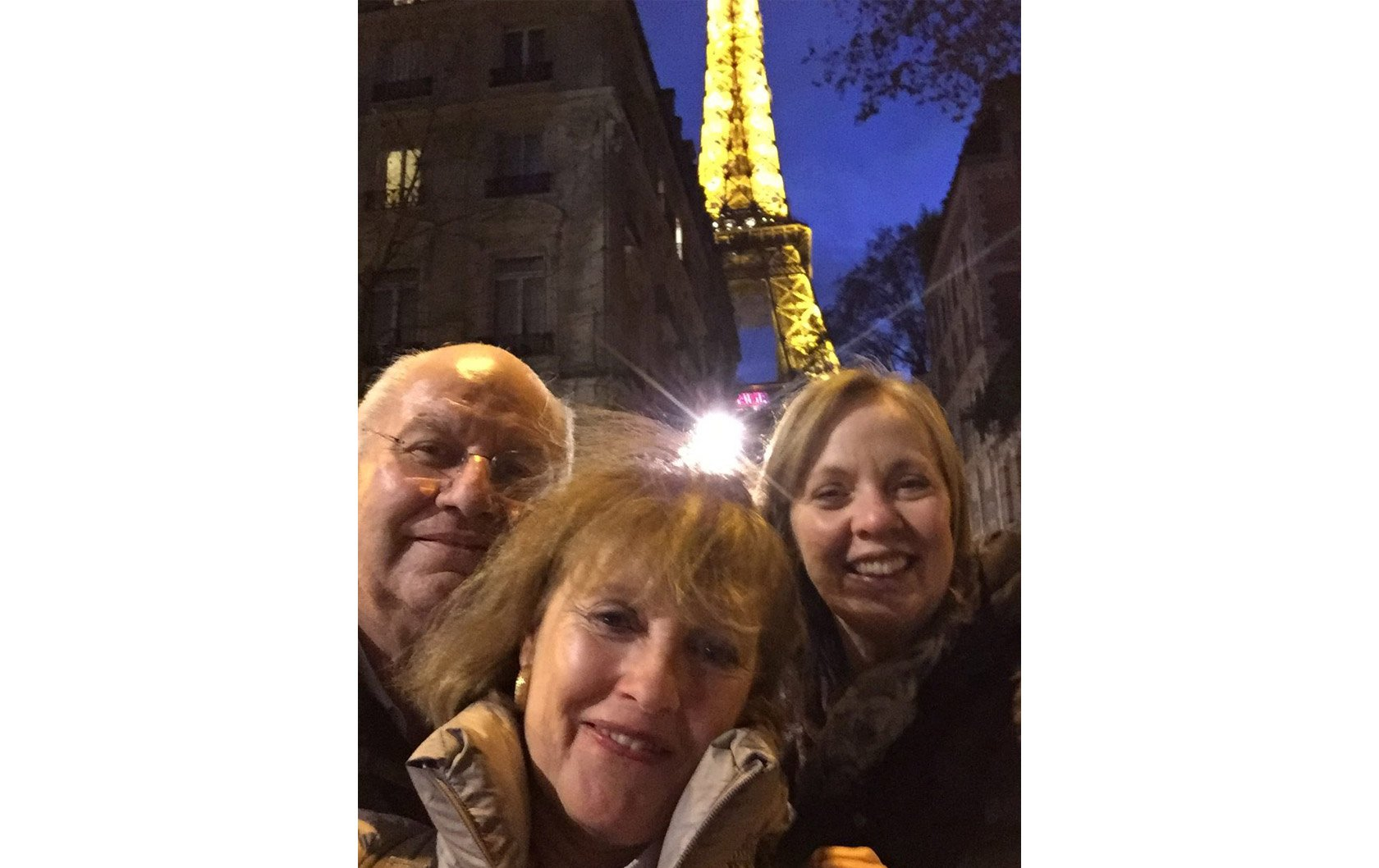 madelyn-philippe-lisa-eiffel-tower-holidays