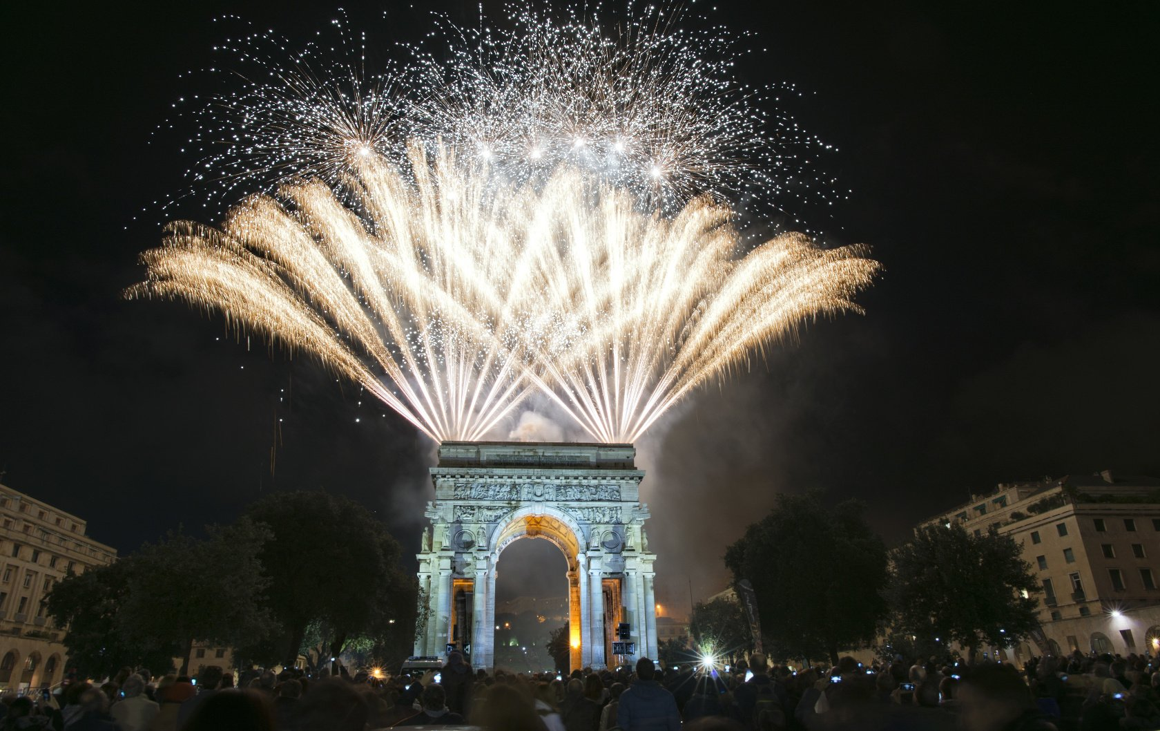 5 Fab Ways To Ring In The New Year In Paris