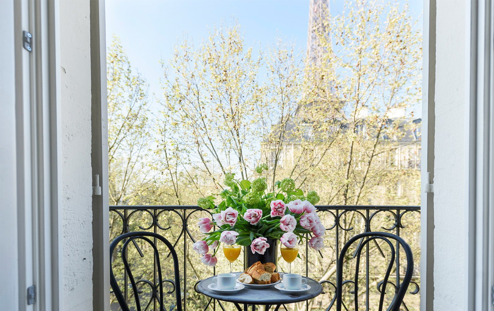 The Perfect Valentine's Day In Paris