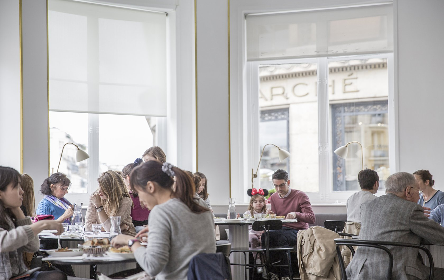 Everything you need to know about Tipping in Paris by Paris Perfect